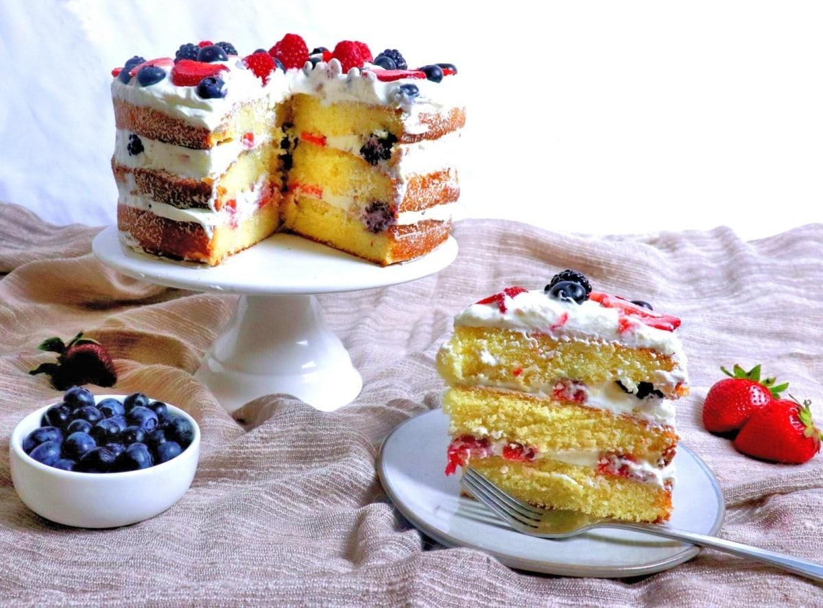 Berry Cream Cake Slice