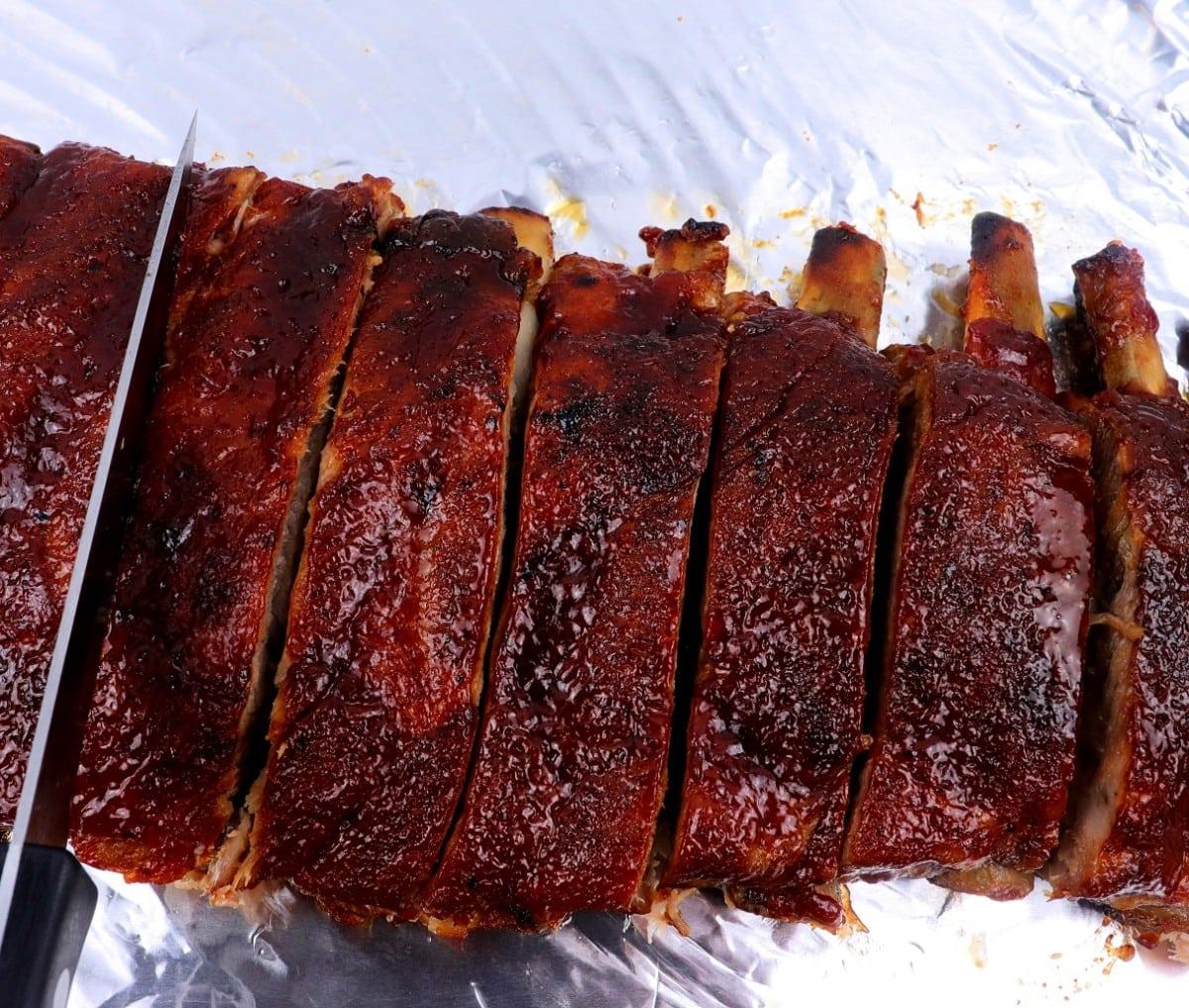 Slicing Barbecue Ribs