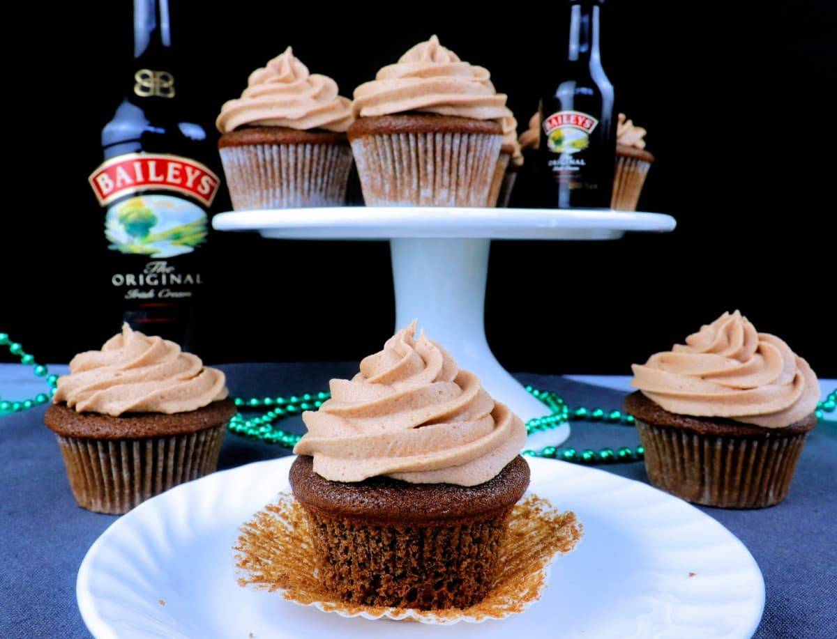 Bailey's & Coffee Cupcakes with Bailey's Buttercream Frosting