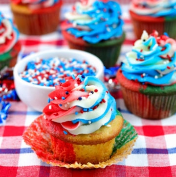 Red, White, and Blue Cupcakes with Red, White, and Blue Swirl Frosting